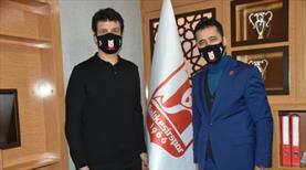 Balıkesirspor, Cihat Arslan'la sözleşme imzaladı