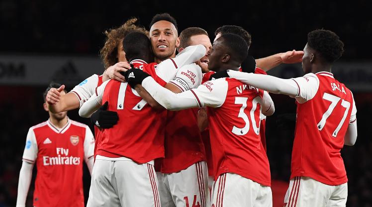 Arsenalli oyunculardan anlamlı jest