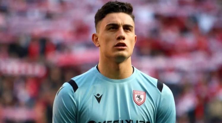 Beşiktaş'a transfer olacak mı?