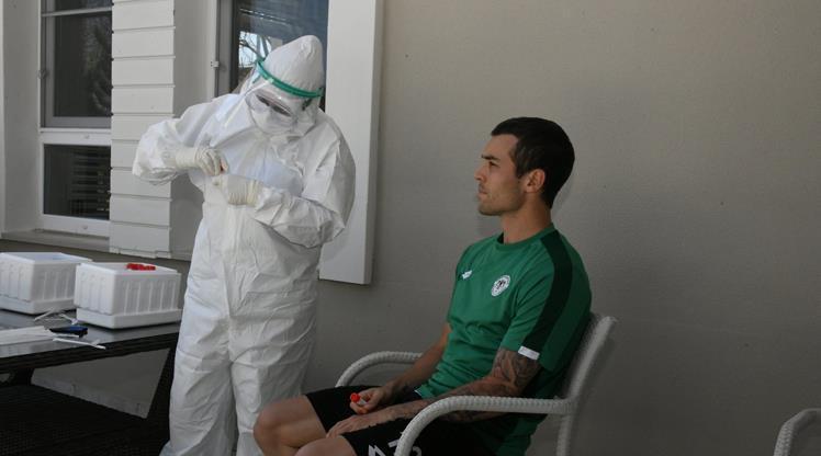 Konyaspor'da Kovid-19 testleri negatif çıktı