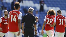 Arsenal kan kaybetmeye devam ediyor