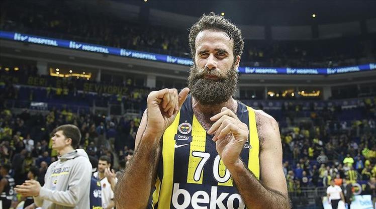 Fenerbahçe Beko ayrılığı açıkladı