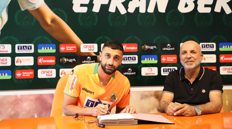 Alanyaspor transferi duyurdu