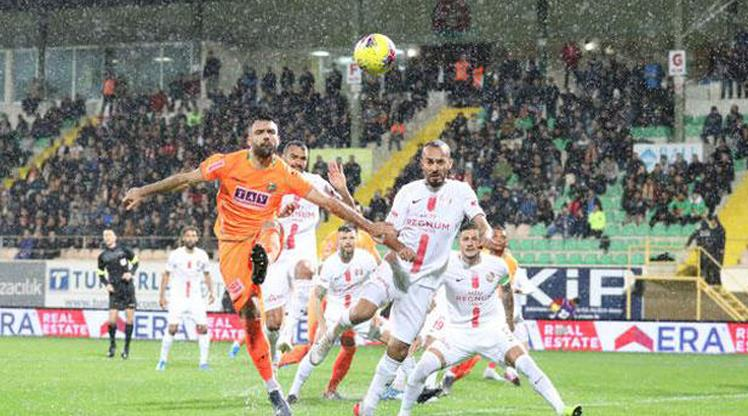 Süper Lig'de Antalya derbisi