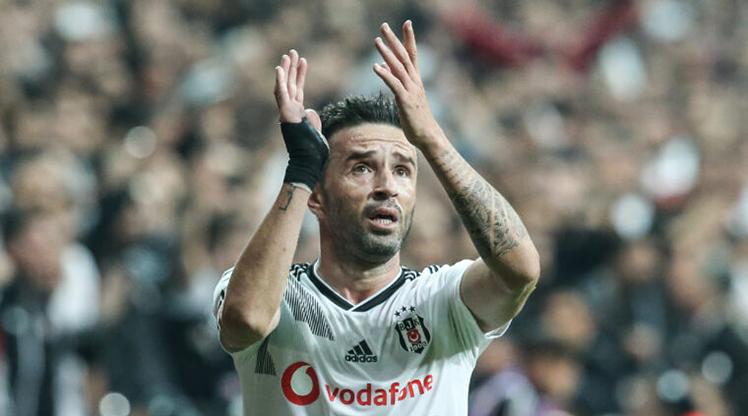 Gökhan, Beşiktaş'a veda etti