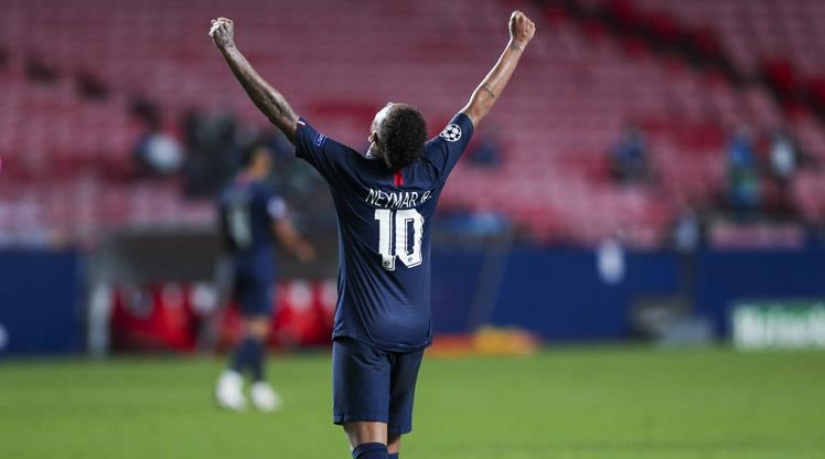 PSG'de Neymar dümene geçti
