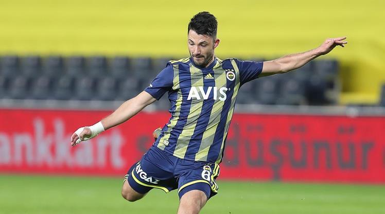 Fenerbahçe, Tolgay Arslan ile yollarını ayırdı