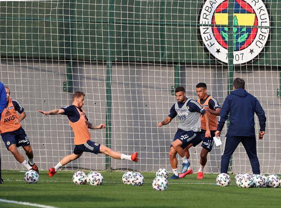Fenerbahçe'de derbi hazırlığı