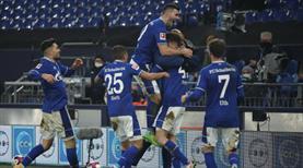 Schalke 30 maç sonra kazandı