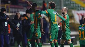 İZLE | A. Alanyaspor Babacar'ın golüyle öne geçti!