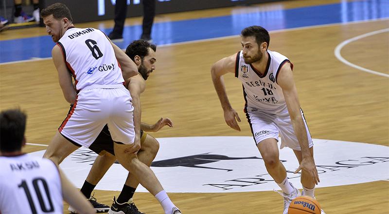 Beşiktaş Icrypex, İspanya'da kayıp