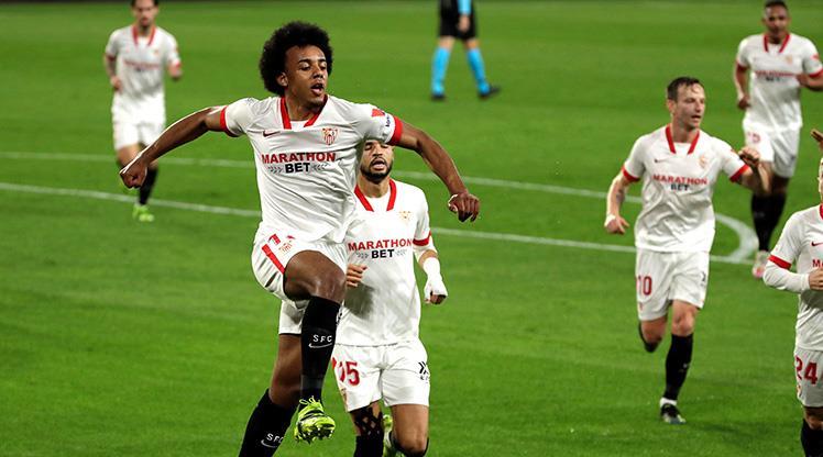 Sevilla finalin kapısını araladı