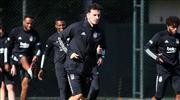 Beşiktaş'a Oğuzhan'dan kötü haber