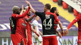 İZLE   Gaziantep FK Dicko ile öne geçti