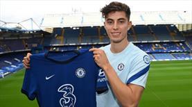 Chelsea menajerlere servet ödedi