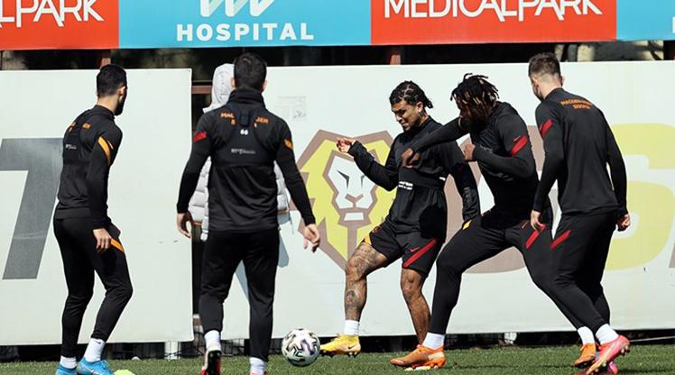 Galatasaray, 3 eksikle Hatay yolcusu