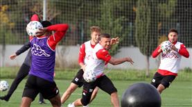 Antalyaspor'dan renkli idman