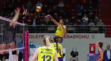 Fenerbahçe Opet Kadın Voleybol Takımı'nda iki vaka daha