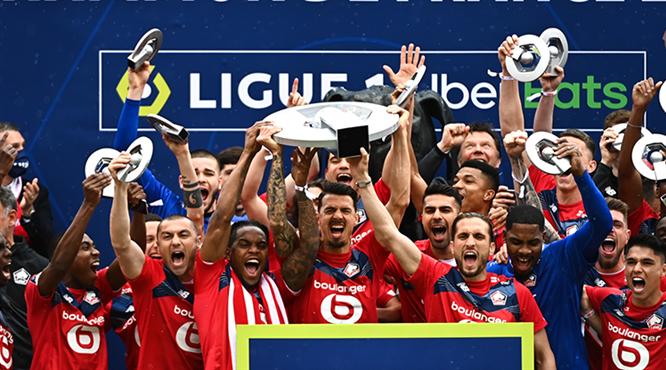Şampiyon Lille törenle kupasına kavuştu