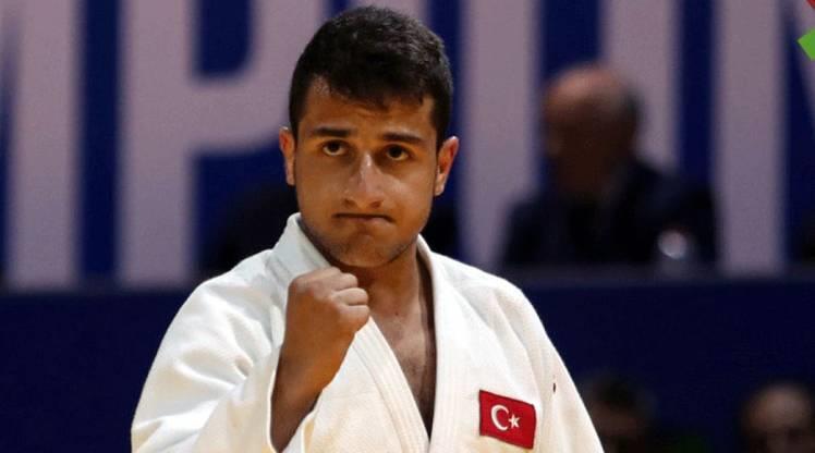 Bilal Çiloğlu, Macaristan'da dünya üçüncüsü oldu