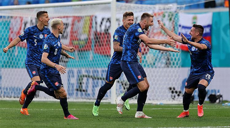 Hamsik asist yaptı, Slovakya kazandı: 1-2
