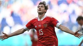 Rusya evinde galibiyetle tanıştı: 0-1