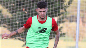 Antalyaspor'a Doğukan Nelik'ten kötü haber