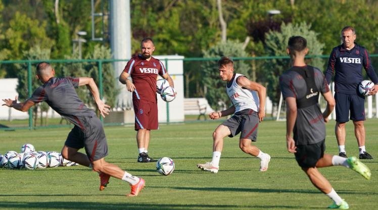 Trabzonspor İstanbul'da çalıştı