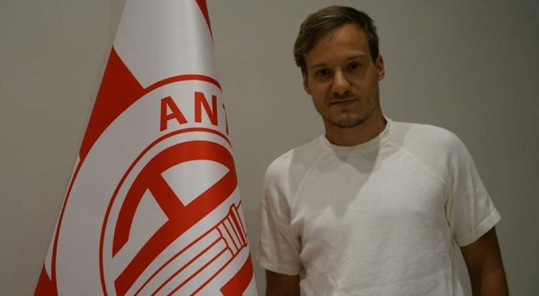 Antalyaspor, Milosevic ile anlaştı