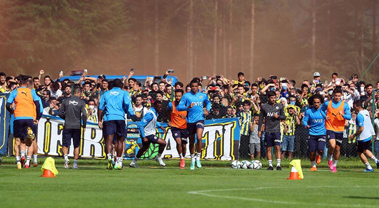 Fenerbahçe'nin hazırlık maçları seyircisiz