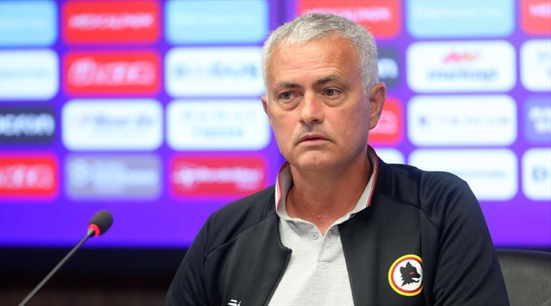 """Mourinho'dan dikkat çeken açıklama: """"Bugünkü maç gülünç"""""""