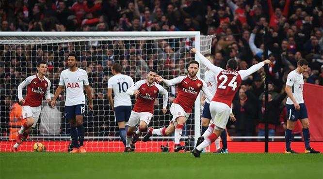 Londra derbisi Arsenal'in
