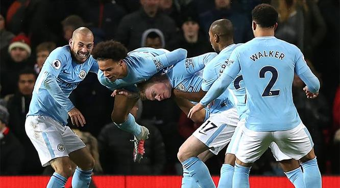 Manchester'ın kralı Guardiola!