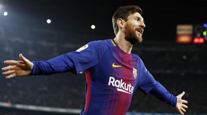 Kurtarıcı Messi!
